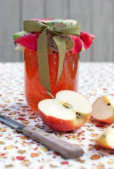 Autumn Apple Mint Jelly at Cooking Melangery Apple Mint, Apple Jam, Red Apple, Apple Tree, Mint Jelly, Jam And Jelly, Apple Recipes, Fall Recipes, Apple Jelly