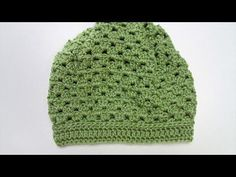 These free crochet hat patterns for beginners don't take lots of skill but look like they do. Lots of hat patterns in the list to choose from and crochet today. Download free patterns for all types of crochet hats including beanies and more. Learn how to crochet a hat in no time.