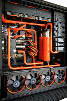 Powerful desktop computer with Orange Cooling Unit. Gaming Desk Setup, Pc Desk, Computer Setup, Pc Setup, Computer Case, Gaming Computer, Cool Gaming Setups, Alter Computer, Computer Build