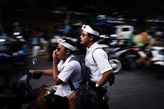 Hugo PageSpeed Results Fashion Mag, Street Photographers, Ubud, Digital Media, Bali, How To Look Better, Motion Blur, Tours, Concept