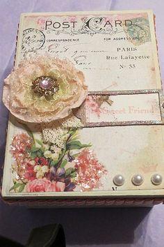 DIY::Beautiful Shabby keepsake boxes