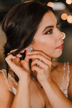 Sparkly vintage bridal stud earrings & custom silver vine and pearl engagement ring by J'Adorn Designs // A modern Shakespeare-inspired bridal editorial Luxe Wedding, Wedding Rings Vintage, Antique Engagement Rings, Vintage Bridal, Bridal Earrings, Bridal Jewelry, Stud Earrings, Hippie Bride, Nature Inspired Wedding