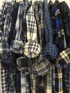 6 Bridesmaid Flannels Mismatched Blue Plaid Shirt Men s Oversized Monogrammed Wedding Robes Bridesma Flannel Girl, Flannel Outfits, Mens Flannel Shirt, Plaid Shirts, Shirt Men, Grunge Style Outfits, Style Grunge, Neo Grunge, Mode Grunge