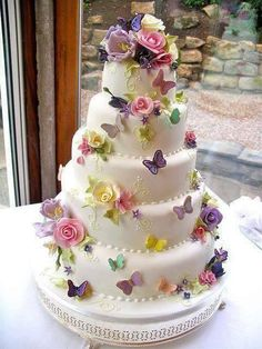 Beautiful Butterflies & Flower Wedding Cake