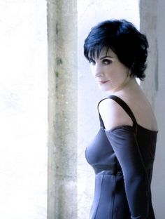 http://enya.sk/gal/official-promo-photos/2008-and-winter-came/