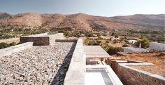 A Contemporary Stone House – Rocksplit House By Cometa Architects