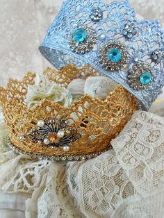 Lace Crown DIY Tutorial