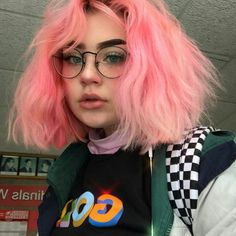 Makeup pink hair hairstyles trendy Ideas Best Picture For grunge hair Dye My Hair, Your Hair, Hair Inspo, Hair Inspiration, Character Inspiration, Model Tips, Pelo Multicolor, Aesthetic Girl, Gothic Aesthetic
