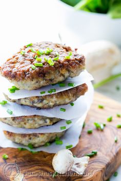 These are like big chicken nuggets! My toddler LOVED them. They are soooooo yummy! Chicken and Mushroom Patties (Kotlety) Turkey Recipes, Chicken Recipes, Recipe Chicken, Meat Cake, Biggest Chicken, Chicken Patties, Good Food, Yummy Food, Cooking Recipes