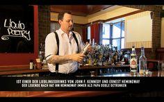 John F. #Kennedy und Ernest #Hemingway wussten einen guten #DAIQUIRI bereits sehr zu schätzen!  Lerne auf www.watchandshake.de, wie man ihn professionell zubereitet!  watch and shake! :) #watchandshake #drinks #cocktails #fun #video #lernen