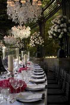 Entertaining and Tablescapes Decoration Evenementielle, Decoration Inspiration, Wedding Events, Wedding Reception, Weddings, Wedding Ideas, Beautiful Table Settings, Festa Party, Wedding Decorations