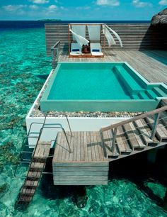 Private outdoor swimming pool on your balcony in the Maldives. Hmmm, sea or pool? Amazing Swimming Pools, Cool Pools, Insane Pools, Awesome Pools, Maldives Resort, Maldives Hotels, Maldives Travel, Maldives Honeymoon, Maldives Beach