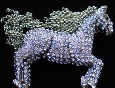 NEW HEIDI DAUS TALLY HO HORSE PONY PIN BROOCH JEWELRY MOVABLE MANE CHAIN $169.00 #HeidiDaus #PinBroochJewelry