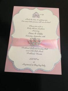 Sin lugar a dudas tus invitados se enamorarán en el momento en que tengan en sus manos la invitación para tus Quince.