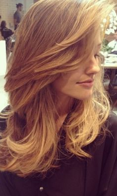 Thinking About Going Blond? Let Minka Kelly Serve as Your Guide