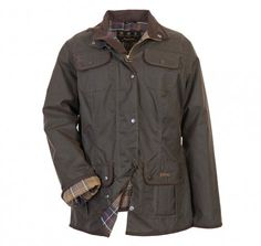 The Barbour Ladies Utility is a versatile fitted multi pocketed outdoor jacket. London Fashion, New York Fashion, Barbour Jacket Women, Cute Winter Coats, Preppy Dresses, Jackets For Women, Clothes For Women, Country Outfits, Utility Jacket