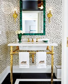I adore this gold freestanding bathroom sink. The metallic tone illuminates the space and adds a splash of elegant style! A perfect way to make your space unique!