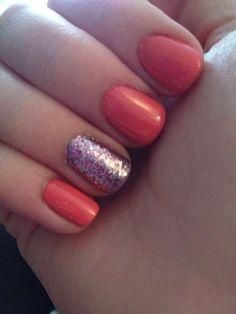Manicure! Sparkles! Coral! Nails design