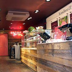 thiết kế cửa hàng bánh ngọt:https://giare.net/thiet-ke-cua-hang-banh-ngot.html