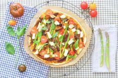 "Cassava pizza with ""cheese"" sauce and veggies"