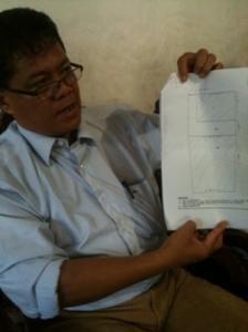 Meski belum bisa memiliki hak tanahnya seluas 10.000 m2 (1 hektare) di Desa Kemiri Kecamatan Sidoarjo sesuai kohir (berkas kesaksian..