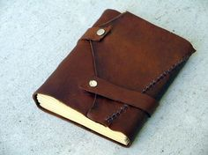 Make your own------------- MEDIEVAL LEATHER JOURNAL--------Tutorial Pdf------customer pic added.
