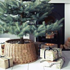 "Rowen & Wren - Willow Basket Tree ""Skirt"""