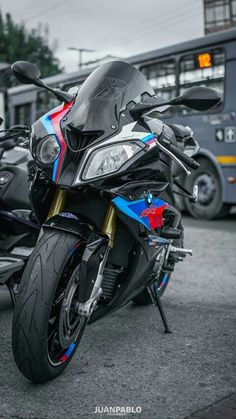 Bike Bmw, Moto Bike, Bmw Motorcycles, Motorcycle Bike, Moto Wallpapers, Suv Bmw, Cb 1000, Foto Top, Bmw Sport