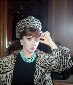 Gina Lollobrigida, 1965 Bulgari boutique, Rome ©Ap Images