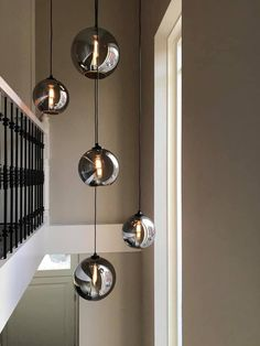 DG Webshop: voor al je Designers Guild online artikelen Entrance Lighting, Dining Room Lighting, Modern Lighting Design, Cool Lighting, Deco Luminaire, Interior Minimalista, Ceiling Light Design, Metal Wall Decor, Home Decor Furniture