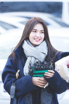 170203 Somi for her graduations! Jeon Somi, South Korean Girls, Korean Girl Groups, Choi Yoojung, Kim Sejeong, Korean Ulzzang, Korean Beauty, Asian Beauty, Yoona