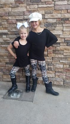 Girl's Black/White/Coral Print Leggings! www.shopsouthernminis.com  Free Shipping in the U.S.