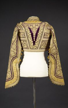 Tunisia | 19th century blouse / jacket; purpjasken le velvet embroidered with gold silk thread