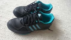 Leichte Sportschuhe von Adidas