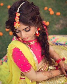 When the colours are so bright, summertime sadness is not within sight!☀️ Makeup:@makeupbyshagun Outfit:@manisharorafashion  #thebridalaffair #tbai #luxury #vintage #inspiration #pink #yellow #lehenga #mehendi #floral #blog #blogger #weddingblog #india #indianwedding #indianbride #makeup #mua #weddingmakeup #makeupartist #bride #bridetobe #wedding #dream #love