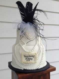 Great Gatsby Cake Celebrations by Sonja Roaring 20s Birthday Party, 90th Birthday Parties, 50 Birthday, Birthday Ideas, Art Deco Cake, Cake Art, Sweet 16 Cakes, Cute Cakes, Great Gatsby Cake