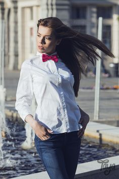 Pink bow tie and white shirt - beautiful combination! #style