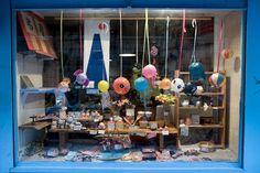 Le Japon à Paris avec la boutique Yodoya Restaurant Paris, Paris Restaurants, Resto Paris, Le Marais Paris, Boutique Deco, Paris Shopping, Manga, Boutiques, Shops
