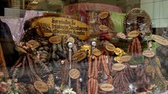 Town of Rothenburg ob der Tauber - middle Franconia, Bavaria - Germany - We are famous for our sausages in Middle Franconia – they are soooo good Rothenburg Ob Der Tauber, Romantic Road, Bavaria Germany, Dream Vacations, House Colors, Medieval, Old Things, Sausages, Middle
