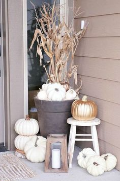 Elevated Entryway - 30 DIYs To Get You In The Fall Spirit - Photos