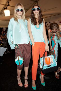 Get an insider look of what went on backstage at the Diane von Furstenberg Spring 2013 Ready-to-Wear runway show. Mommy Style, Style Me, Casual Chic, Models Backstage, Love Fashion, Womens Fashion, Style Fashion, Ready To Wear, Style Inspiration