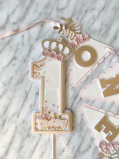 1st Birthday Princess, Diy Birthday, Birthday Parties, 1st Birthday Cards, Diy Cake Topper, Birthday Cake Toppers, Cupcake Toppers, Cricut Cake, Cake Smash Photos