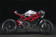 "RocketGarage Cafe Racer: Ducati ""Rat Army"""