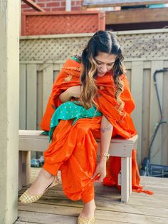Vintage Summer Outfits, Photography Poses Women, Friend Photography, Patiala Suit Designs, Punjabi Girls, Punjabi Fashion, Stylish Dpz, Casual Dress Outfits, Stylish Girls Photos