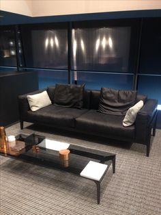 Sofa Elm#Cor#Quadrat Outdoor Sofa, Outdoor Furniture, Outdoor Decor, Sofas, Couch, Home Decor, Armchair, Couches, Settee