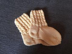 Cup of Tii: Villasukat (ohje) Gloves, Knitting, Inspiration, Diy, Fashion, Biblical Inspiration, Moda, Tricot, Bricolage