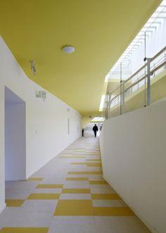 Kindergarten of Jiading New Town / Atelier Deshaus (17)