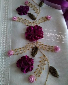 Wonderful Ribbon Embroidery Flowers by Hand Ideas. Enchanting Ribbon Embroidery Flowers by Hand Ideas. Shirt Embroidery, Embroidery Needles, Silk Ribbon Embroidery, Hand Embroidery Patterns, Floral Embroidery, Embroidery Designs, Ribbon Art, Ribbon Crafts, Uses Of Silk
