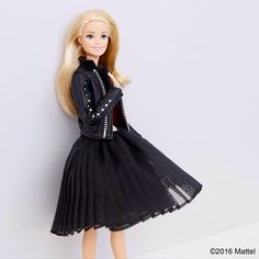 Keeping it simple and chic for a day on the go.  #barbie #barbiestyle