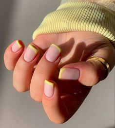 Short Nail Manicure, Manicure E Pedicure, Best Acrylic Nails, Almond Acrylic Nails, Aycrlic Nails, Hair And Nails, Gorgeous Nails, Pretty Nails, Fire Nails